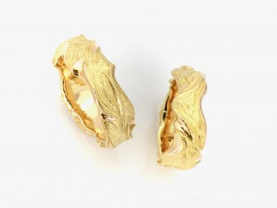 trauringe-flame-750-gelbgold-damenring-chf-2000-herrenring-chf-2100B8393963-9550-DE5A-BEB9-0E0629C0B30C.jpeg