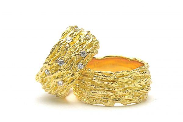 trauringe-sunshine-750-gelbgold-damenring-mit-21-brillanten-0-57-ct-tw-vs-chf-4600-herrenring-chf-3300ECF411DE-70BA-3767-BAF3-2709C29786D2.jpeg
