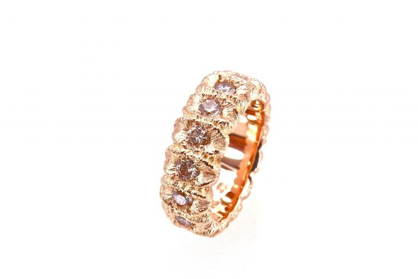 2462 Alliance Ring 750 Rotgold mit 15 Brillanten Top Light brown total 1.84ct