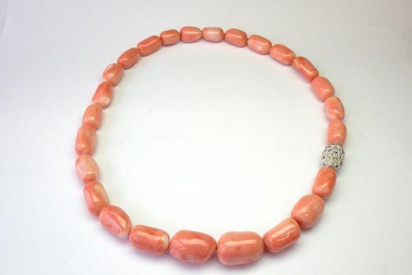 korallen-collier-rosa-muggelform284f5783-aec1-8c87-7e3f-e57cb14b84b8A3920901-4954-42B8-862C-F0E9554A1460.jpg